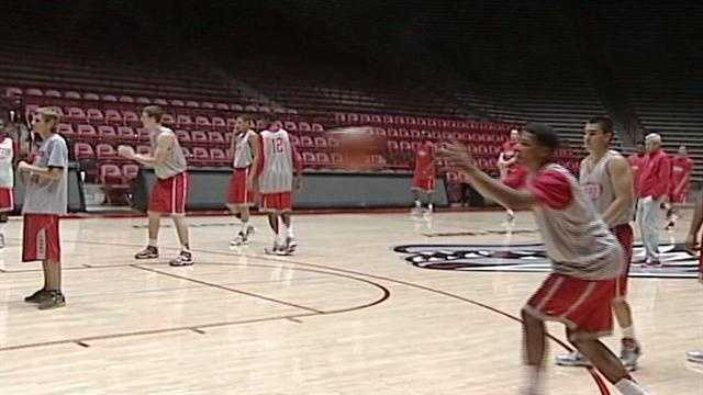 Lobos basketball team eye upcoming season