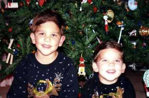 How cute is that! Notice the matching Christmas sweatshirts made by the lovely Mrs. Diaz