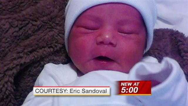 Dad frustrated after baby born in hospital parking lot
