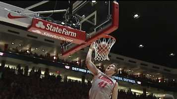 8. Payback: After suffering their worst loss of the season 55-34 to San Diego State, the Lobos bounced back at the Pit in front of 15,411, defeating SDSU 70-60. The Aztecs had won the previous 2 meetings in the Pit.