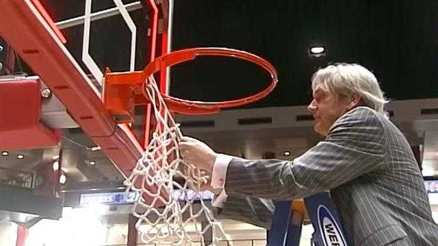 Lobos hire Craig Neal to replace Steve Alford