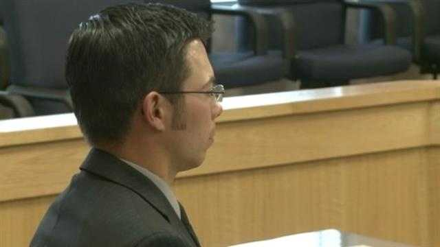 APD officer charged in deadly car crash will go to trial