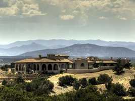 Take a look inside this 3 bedroom, 6 bath mansion in Santa Fe, N.M. featured onrealtor.com