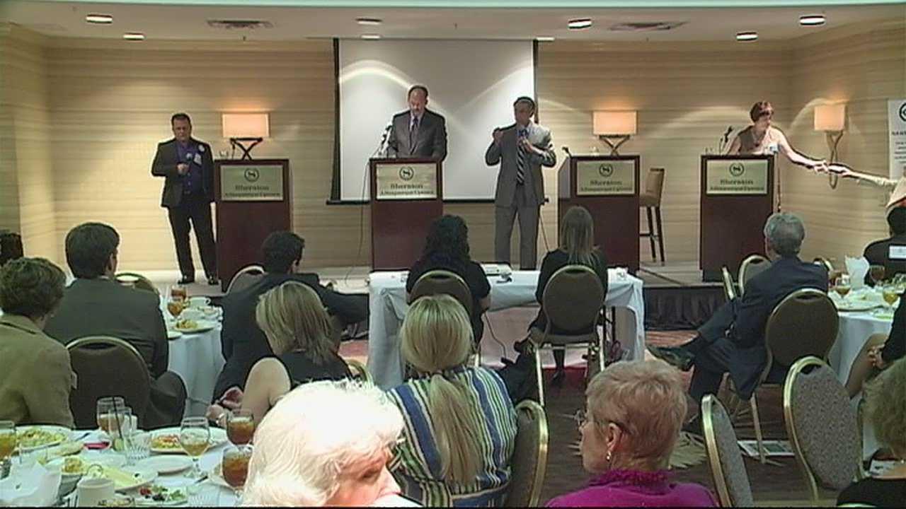 img-Candidates for Albuquerque Mayor hold forum