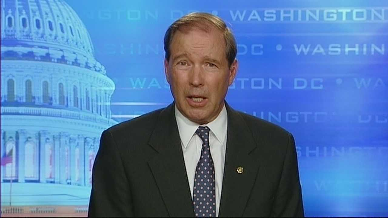 img-Senator Udall votes against military action in Syria