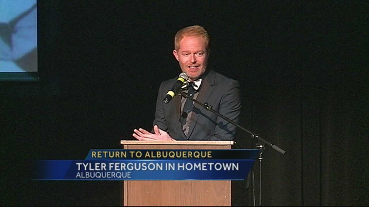 img-Jesse Tyler Ferguson returns home for marriage equality