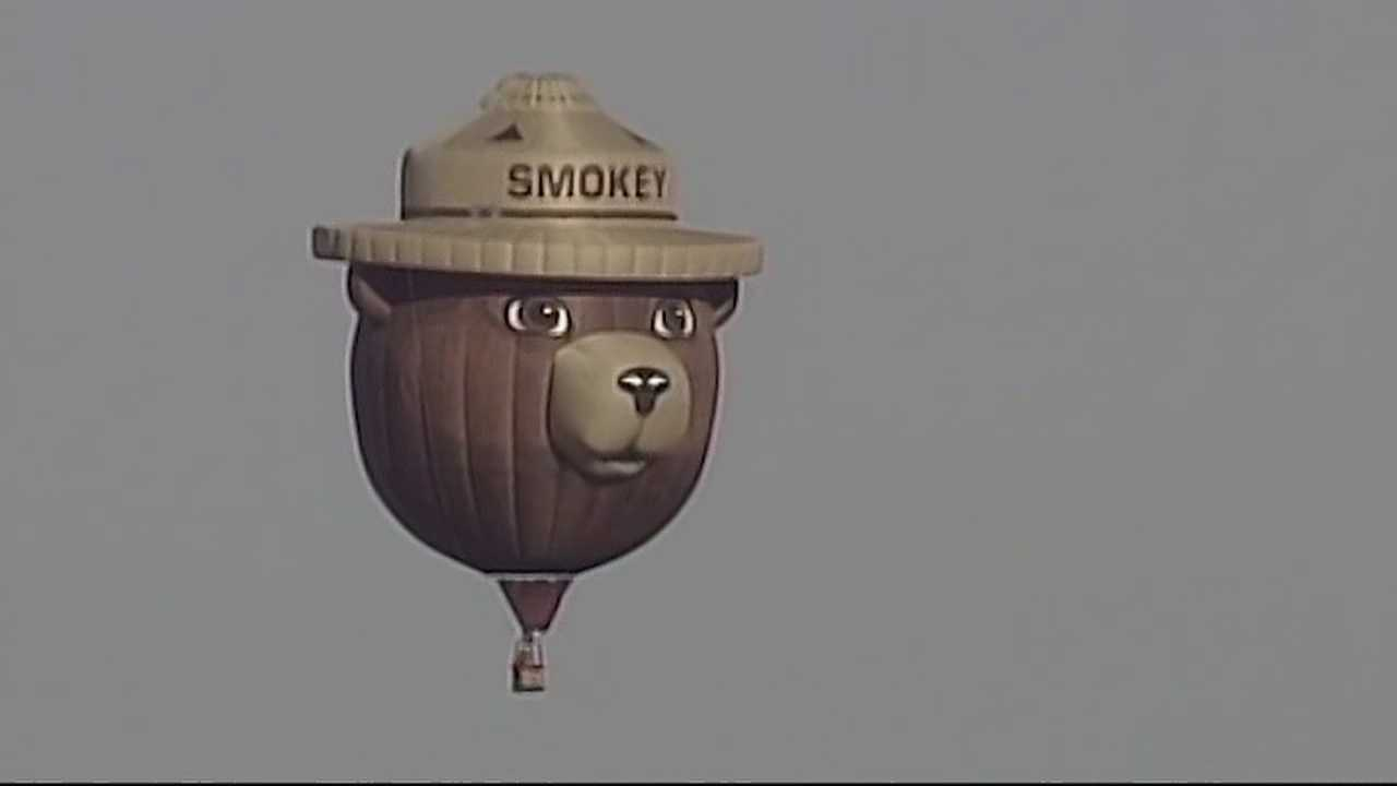 img-Smokey Bear balloon still flying