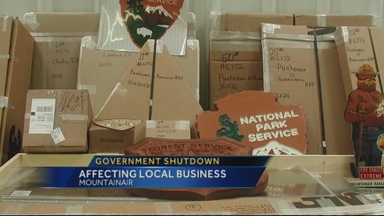 Shutdown hurting sign business