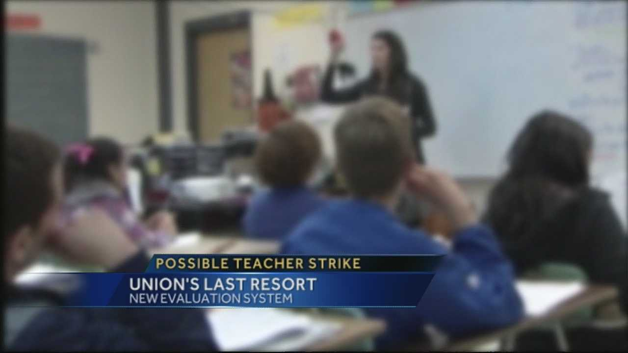 Teachers consider strike over new evaluation system