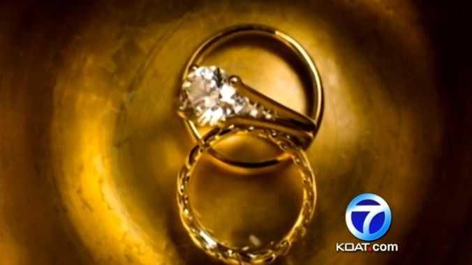 wedding rings stock koat