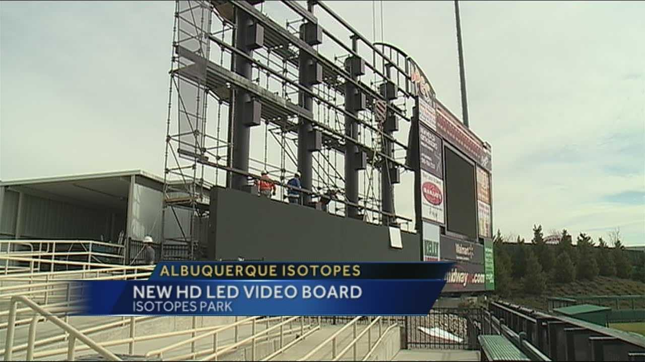'Topes to install biggest HD board in MiLB