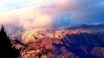 Sun set on the Sandia'sTaken out in my front yard I captured these breath taking images of the Sandia's right after a heavy snowstorm.