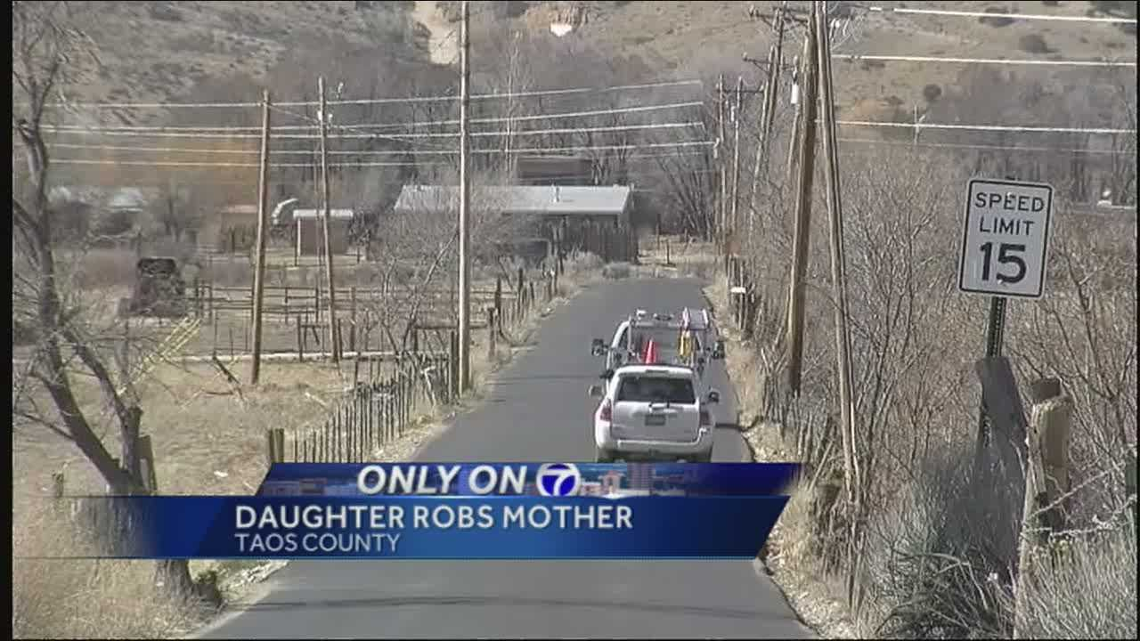 A 15-year-old Taos County girl is facing felony charges after deputies say she robbed her own mother at gunpoint early Tuesday morning.