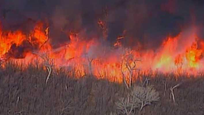 2014-03-28 16_44_09-Live Video_ Fire Burns in Valencia County _ KOAT Home - KOAT Home.jpg