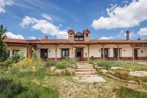 Take a peek at this $4.9 million, 520-acre ranch for sale in Serafina, N.M. featured on Realtor.com