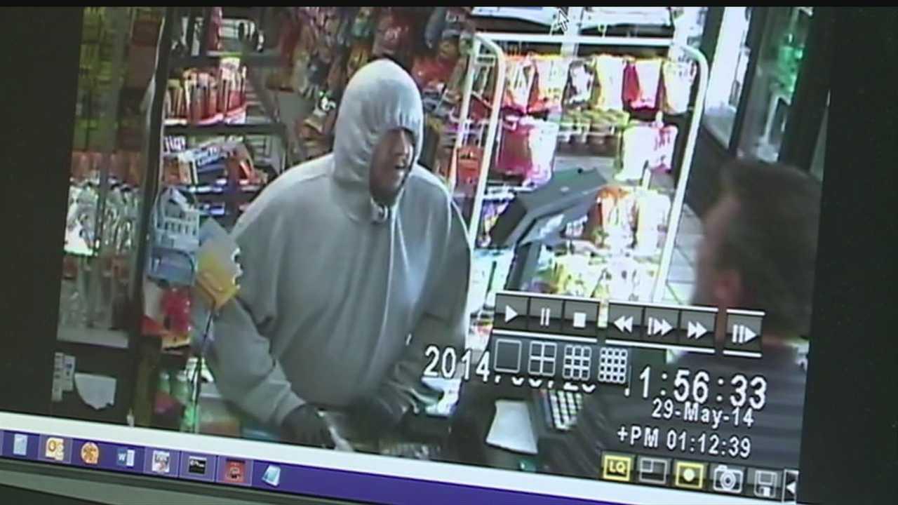 Robber still on loose&#x3B; Clerk shot in leg released from hospital