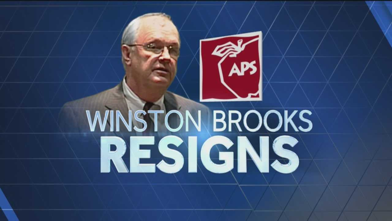 Brooks resigns as APS superintendent