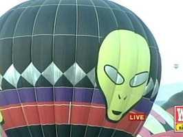 Alien-themed balloon