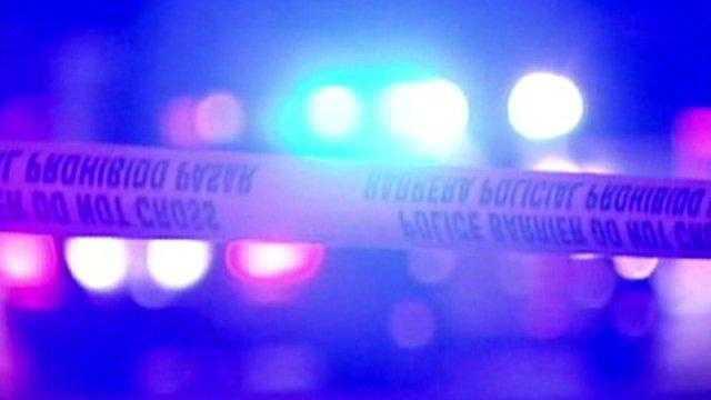 ALB Generic GRAPHIC - Crime, Shooting, Gun - 14784204