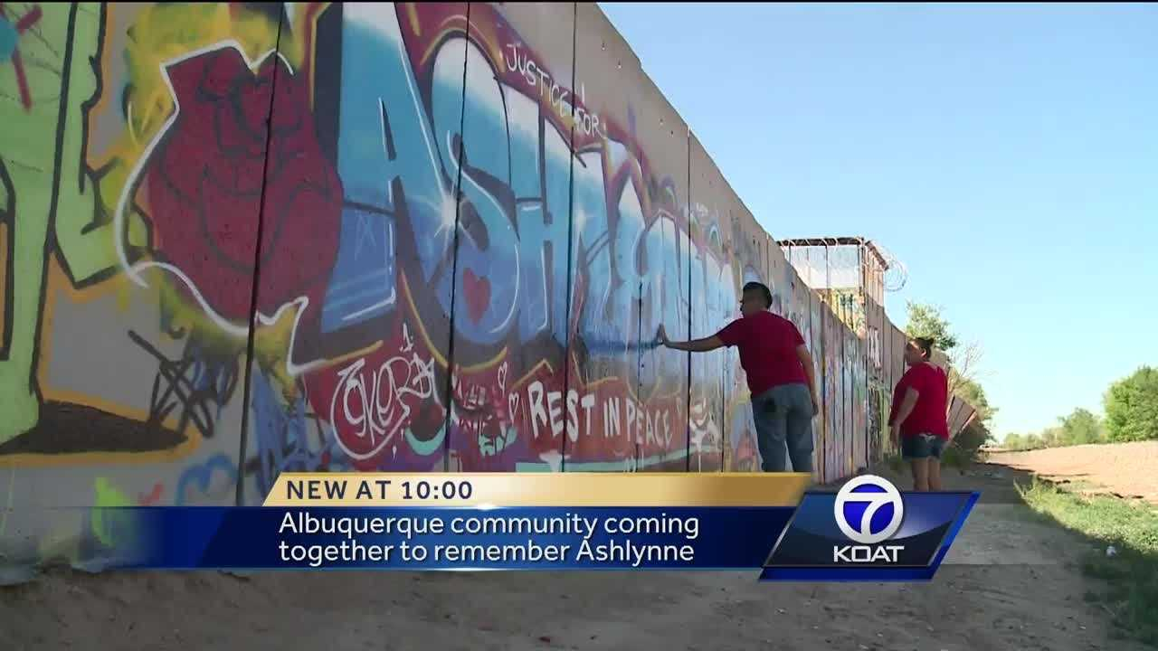 People flock to Albuquerque mural to pay respects