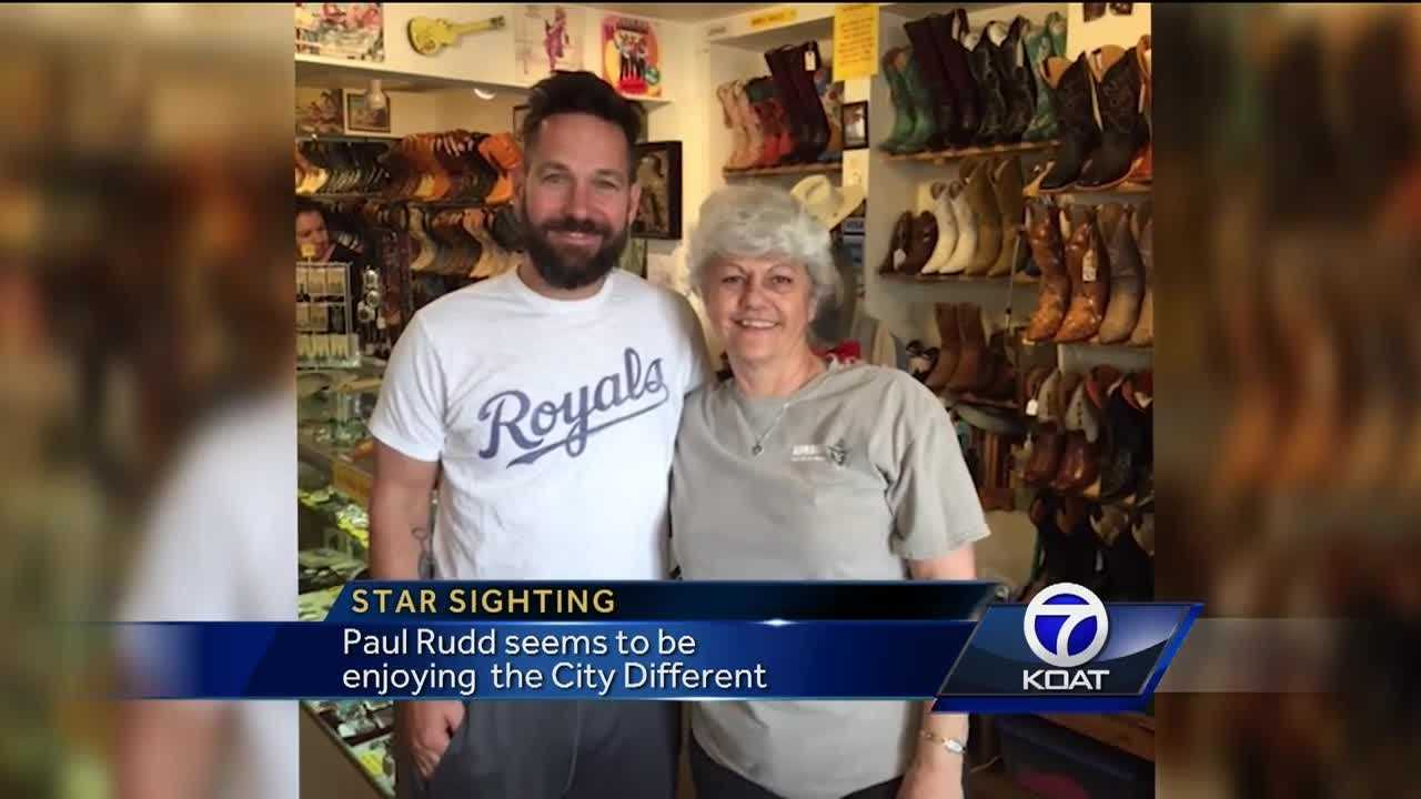 Paul Rudd visited a store in Santa Fe.