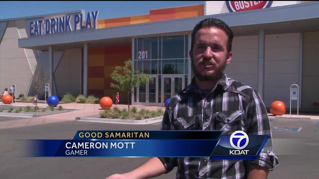 An Albuquerque gamer is using his talents to give back to underprivileged children.