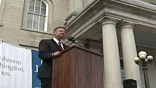 Gary Johnson Announces Presidential Run - 27630891