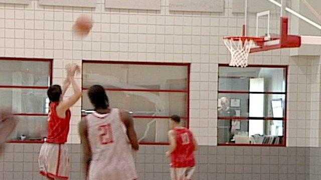 Lobos Basketball Generic Practice - 25552477