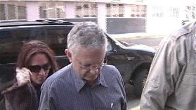 Doug Vaughan Pleads Guilty In Ponzi Scheme - 30051013
