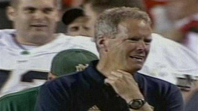 e New Mexico Lobos have a new football coach, Bob Davie.