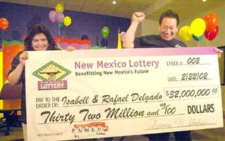 5. Isabell and Rafael Delgado won a $32 million Powerball jackpot