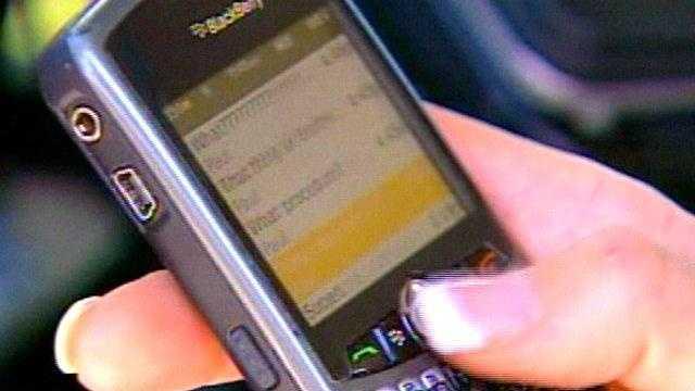 KOCO 41759 DUNCAN CELL PHONE BAN thumb - 21289928