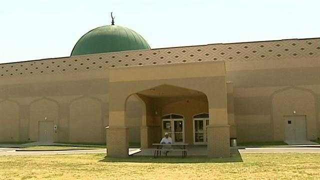 A Muslim group wants an attack on a local mosque investigate as a hate crime. Somebody shot paintballs at the mosque near May and Northwest 50th. KOCO's Naveen Dhaliwal has the story.