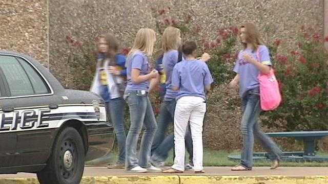 Students return to school after Stillwater teen's death