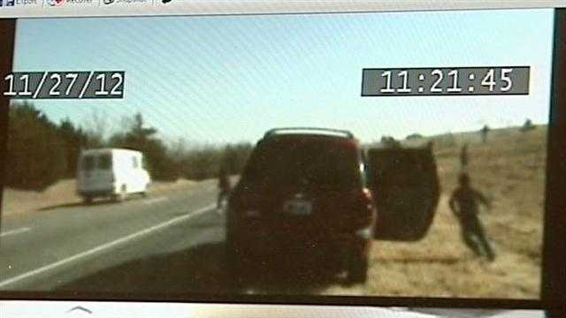More than a dozen illegal immigrants run from an SUV after a traffic stop on I-40 in Canadian County.