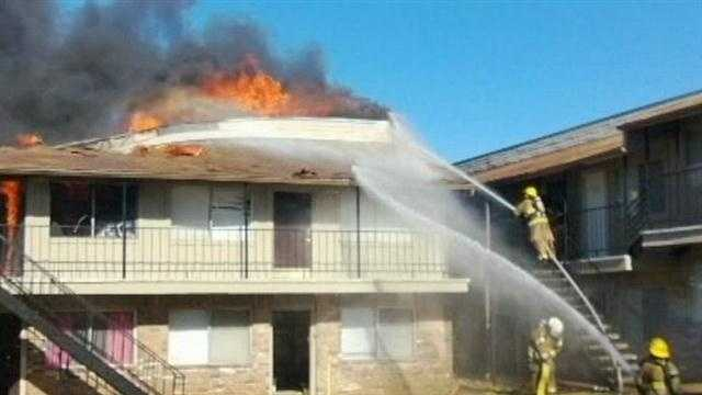 8 Midwest City apartments destroyed in fire at complex