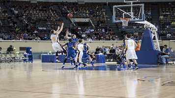 Tyler Tune shoots from the field during his teams Class B boys championship win on Saturday.
