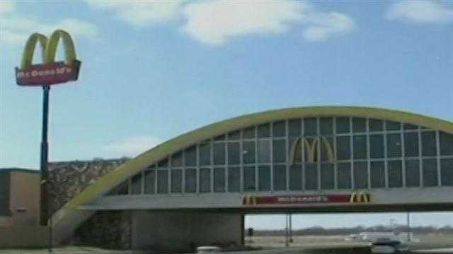 The biggest McDonald's in Oklahoma will shut its doors temporarily for a makeover. The Micky D's at the Vinita Service Plaza will change most of the restaurant at a cost of about $14.6 million. The McDonald's will reopen by 2014.