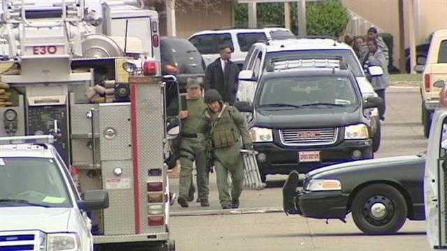 Father arrested, mom treated for injuries after OKC standoff