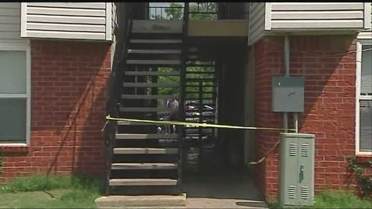 Officers are looking for the gunman who shot an Oklahoma City man in the breezeway of an apartment complex in the 3200 block of Southwest 74th Street. Police say the victim is in critical condition.