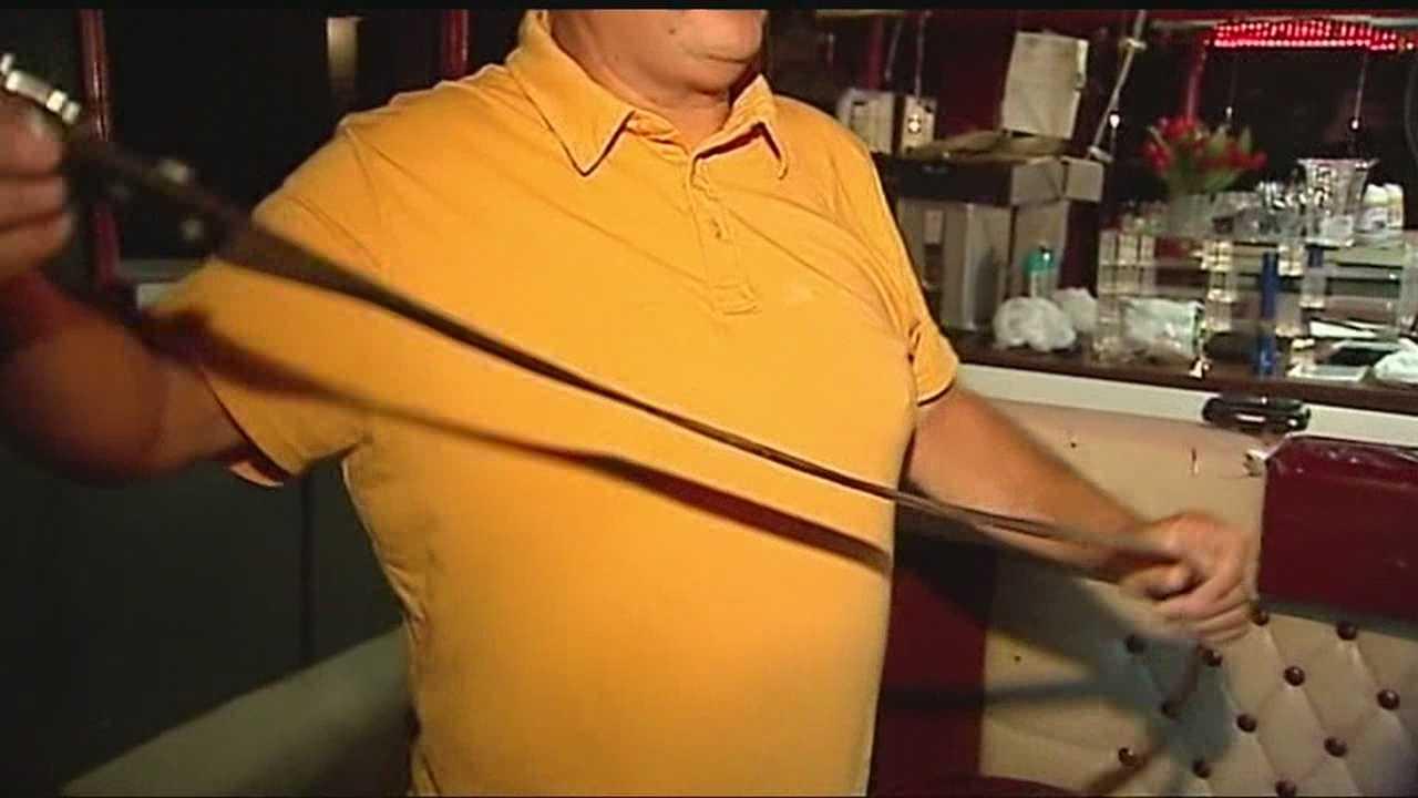 img-Bar owner hog ties burglary suspect with belt 10P H
