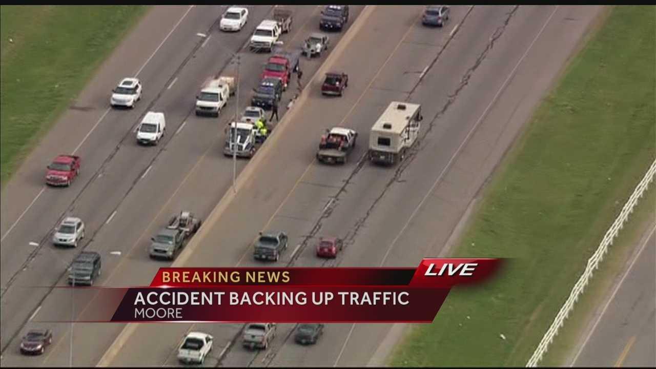 img-I-35 crash backing up traffic 5P H
