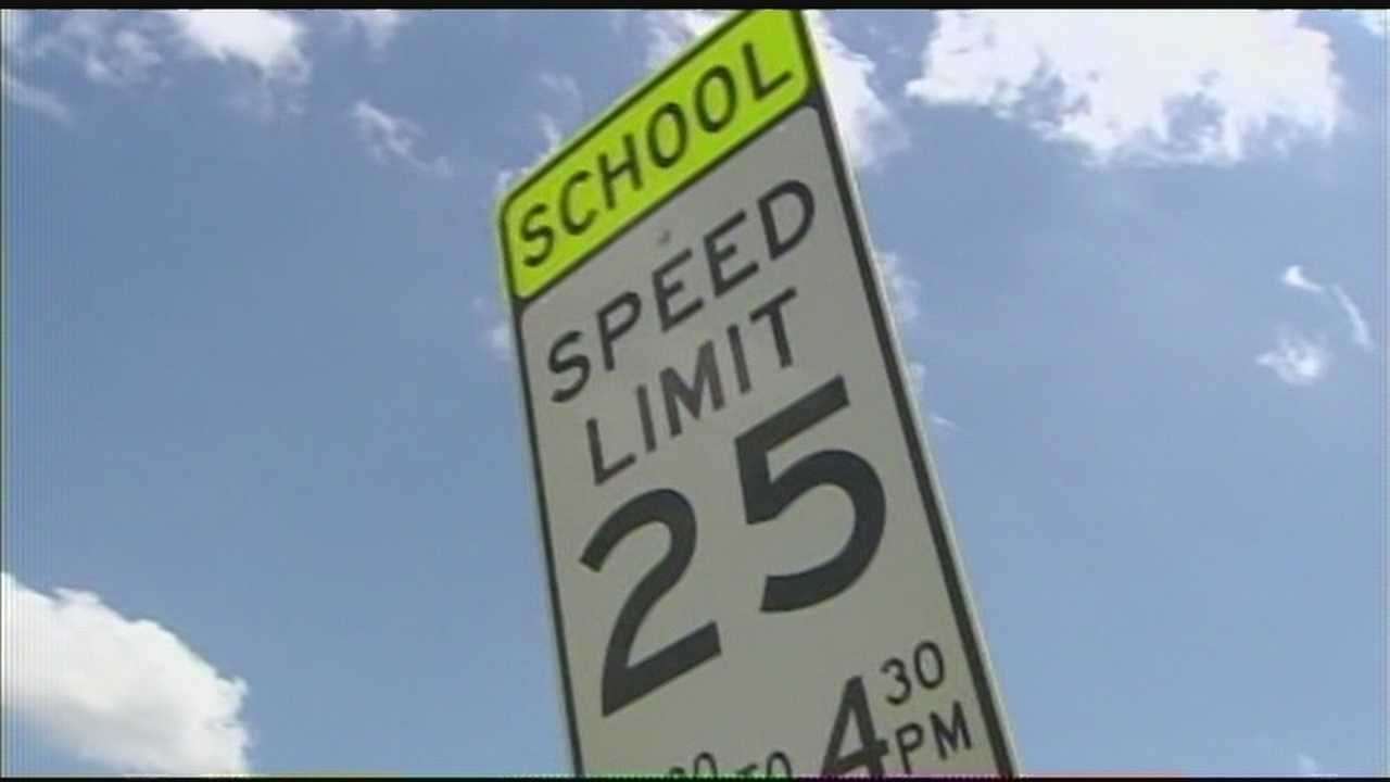 img-Temporary school zone signs installed after KOCO investigation 6P H