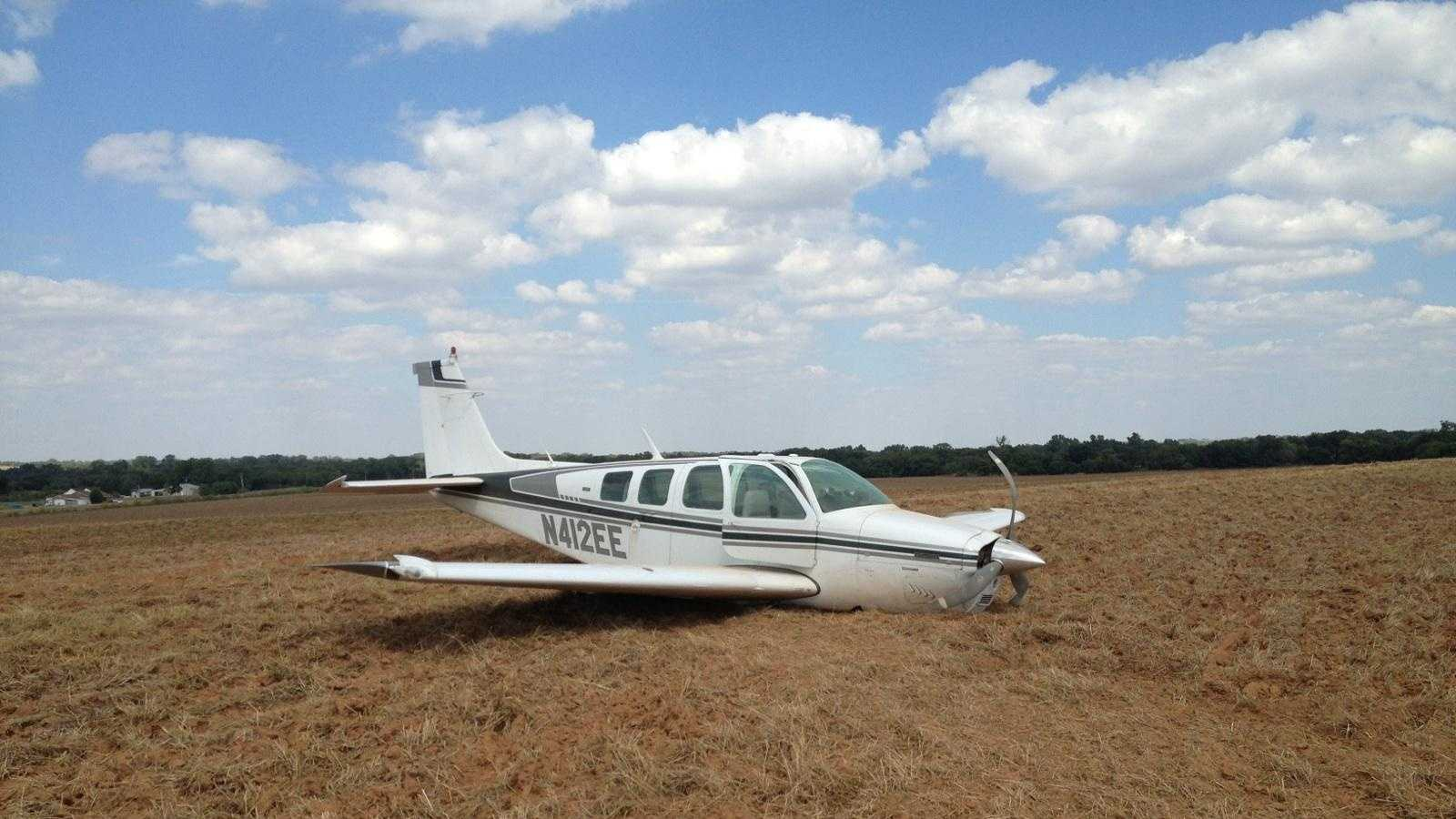 S27plane.jpg