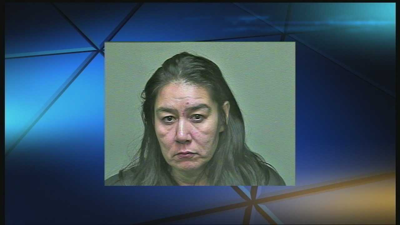 img-Woman accused of stealing from FAA investigator 10P H