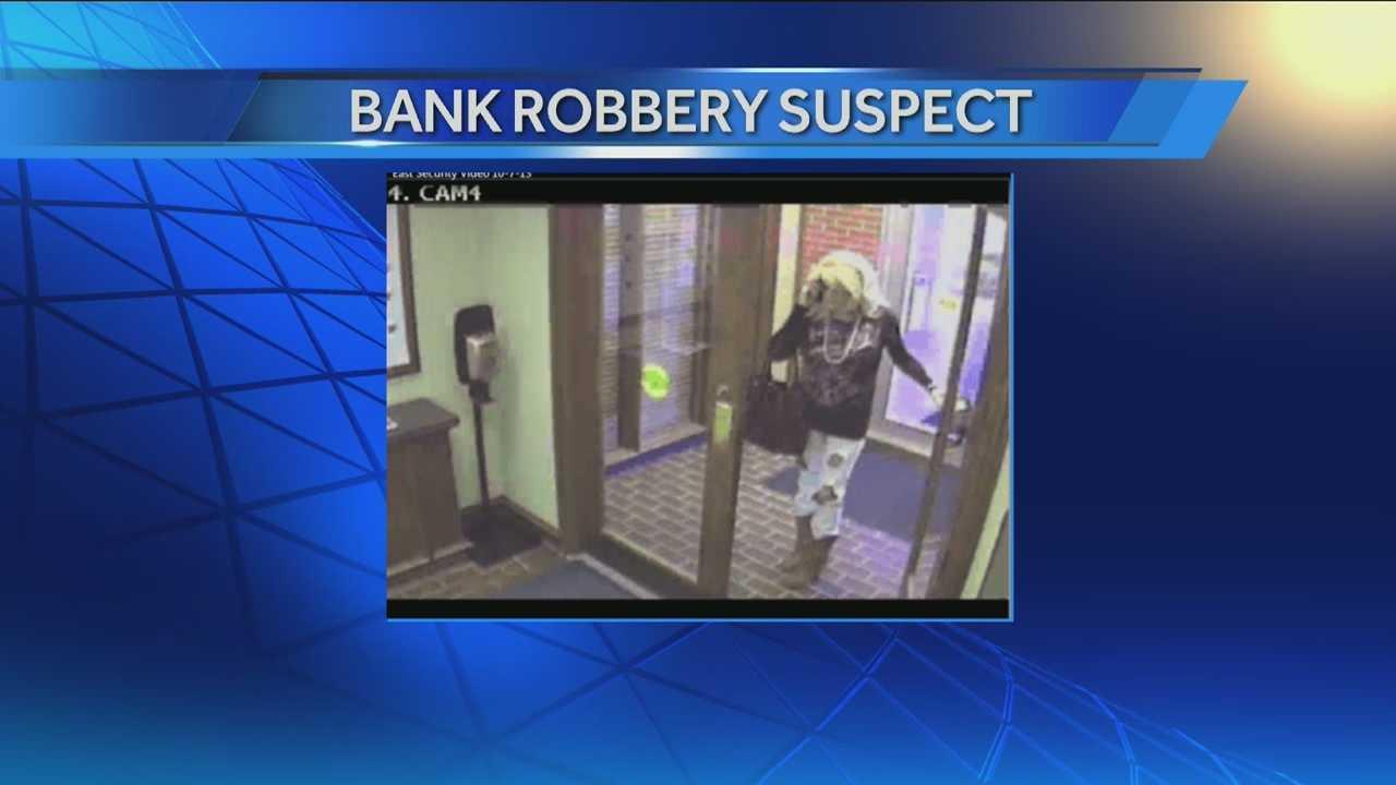 img-Cross dressing bank robber strikes again in Norman 10P H