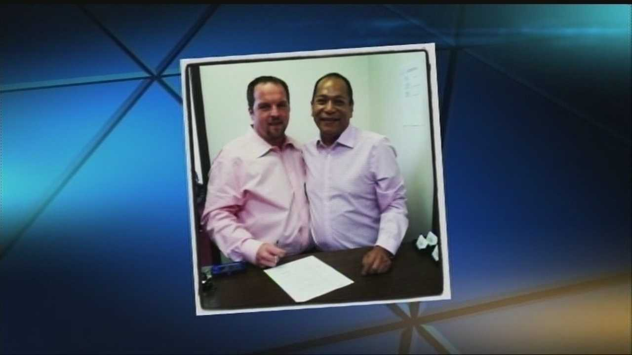 img-Oklahoma gay couple recently legally married in the state which doesn t recognize gay marriage 6P H