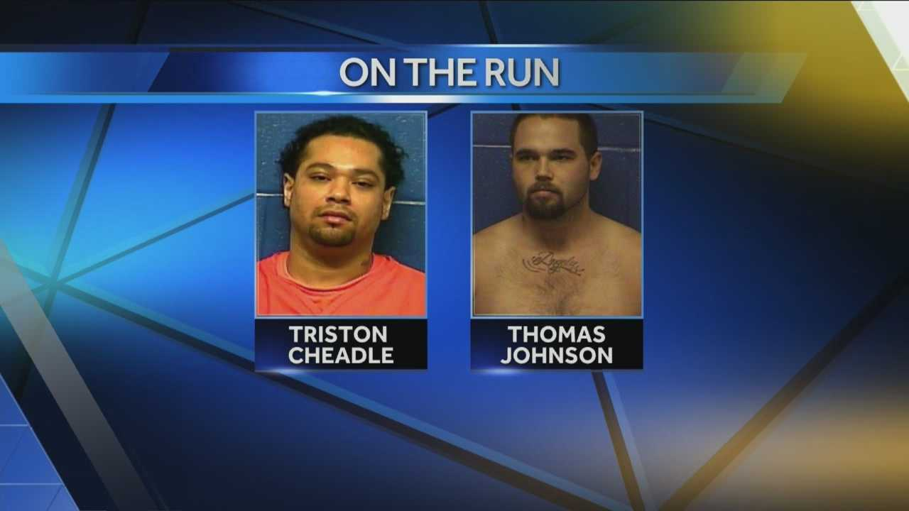 Two inmates still on the run after escaping from Caddo County custody