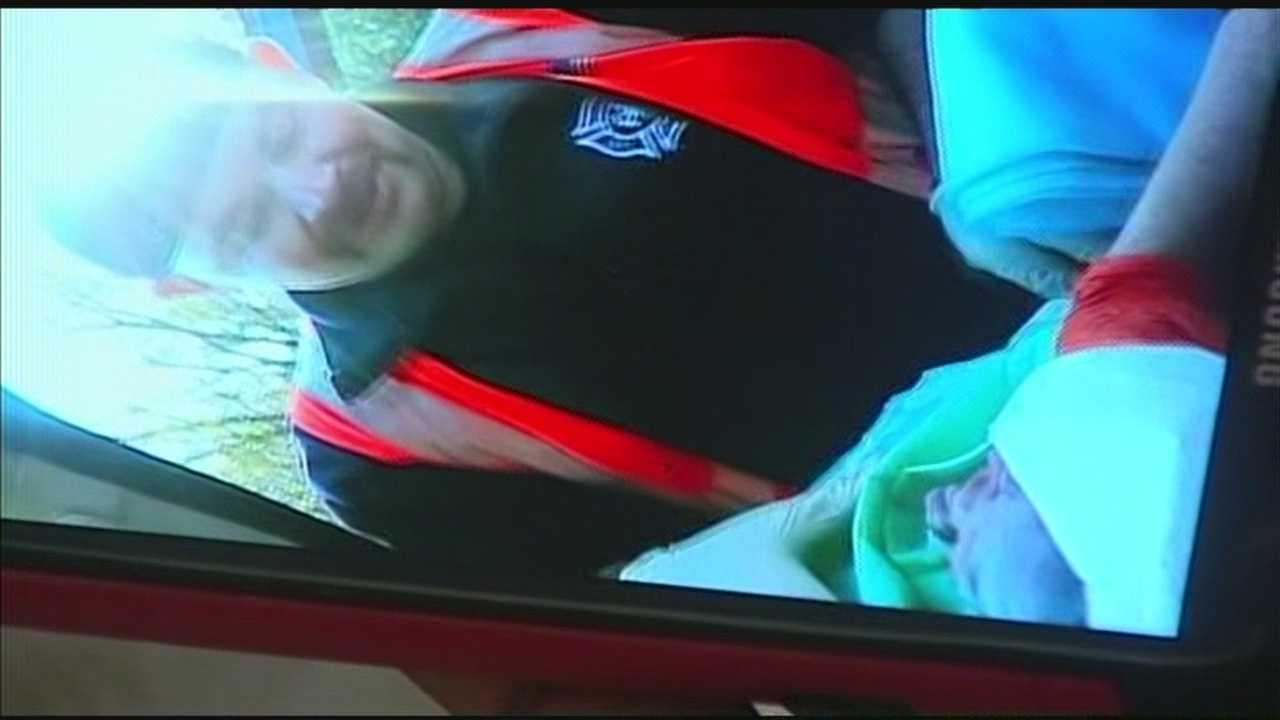 Edmond police officers deliver baby on side of road