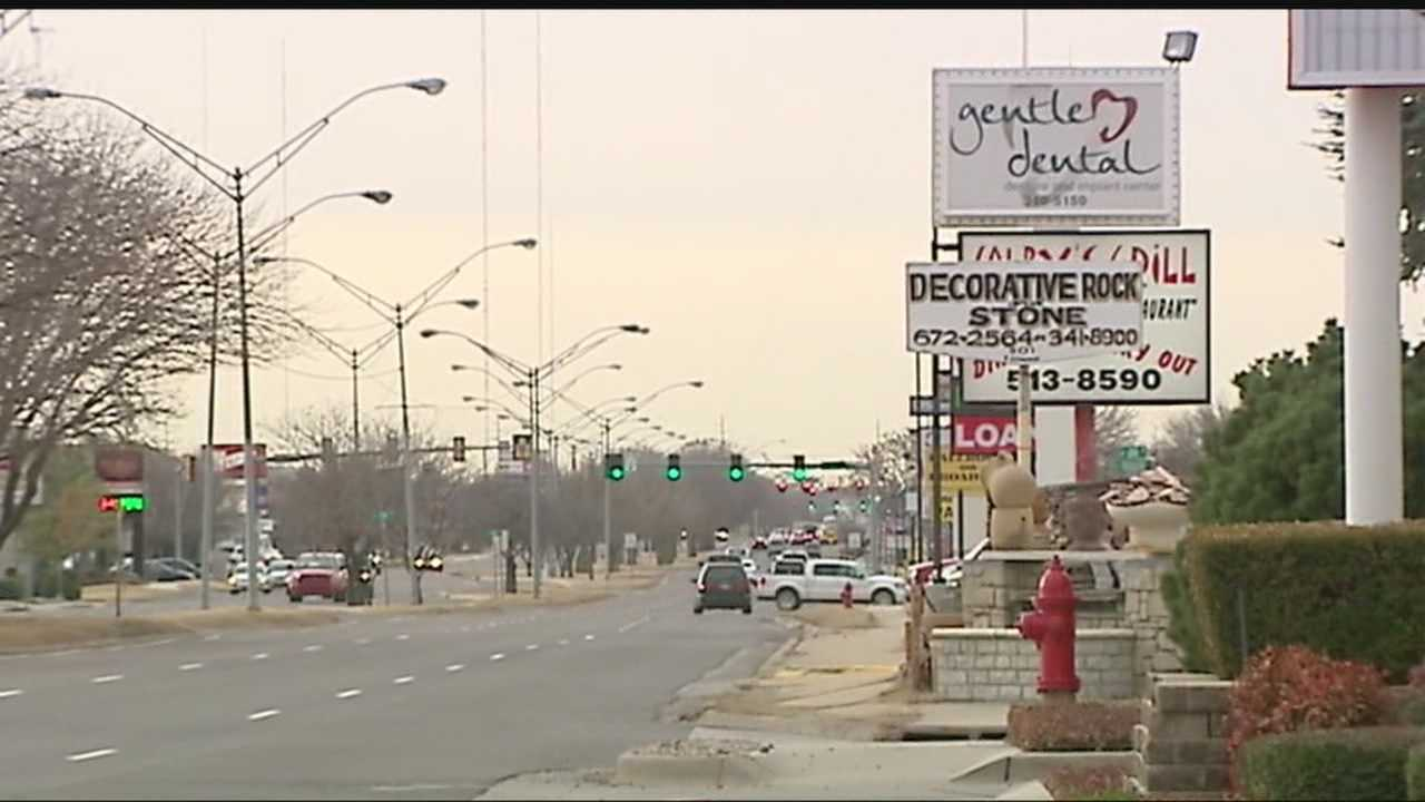 Electronic signs approved in Edmond